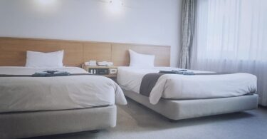 White_Wooden_Twin_Beds_Reviews